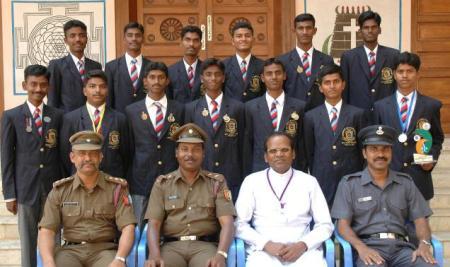 Rajarathnam-with-NCC-cadets