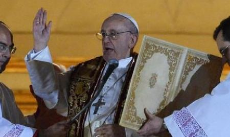 Pope-with-other-believers-Islamic