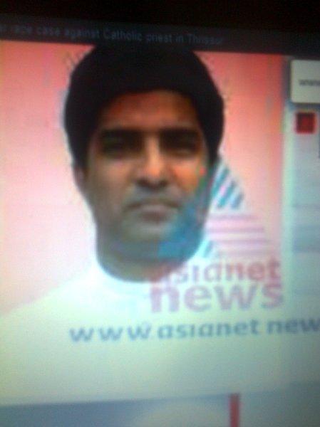 44 வயதான ராஜு கொக்கன் [Fr Raju Kokkan, 44,] என்ற பாதிரி