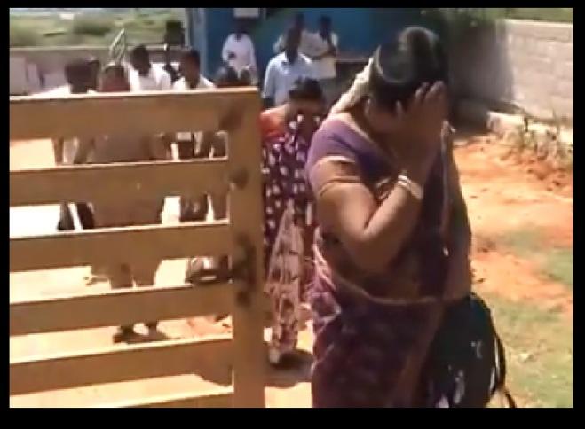 கன்னியாகுமரி - எழுப்புதல் கூட்டம் - கைது - பெண்கள் வெளியே வருதல்