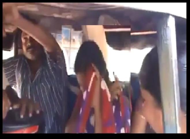 கன்னியாகுமரி - எழுப்புதல் கூட்டம் - பாதிரி மற்றும் பெண்கள்
