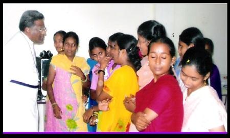 Govada Dyvasirvadam with students