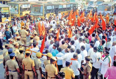 _Hindu-leaders-in-Training-Demonstration_Ambasamudram enroachment by christians