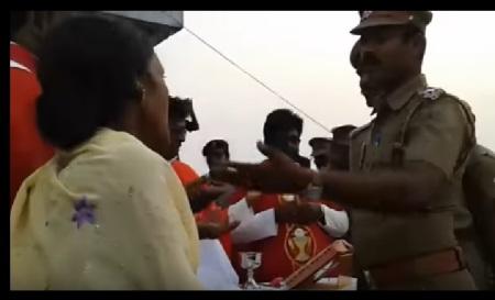 Sogandi tamasha - Woman defying police 15-04-2017