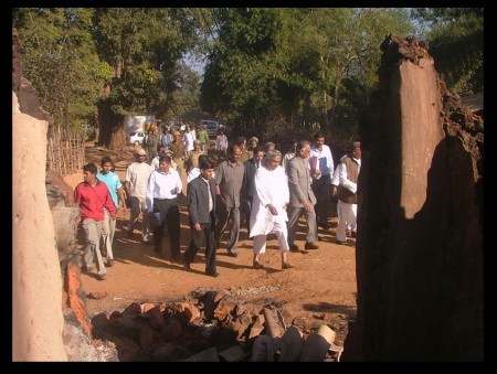 Naveen Patnaik at the Jalespata ashram,after the murder of Swami Lakshmanananda Saraswati, on August 31, 2008.